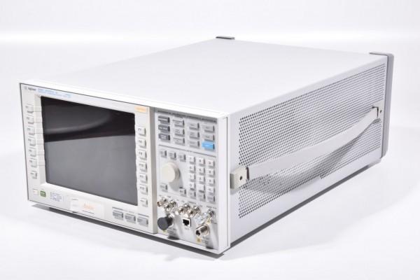 AGILENT E5515C, Wireless Communications Test Set + Options S/N:GB47150210