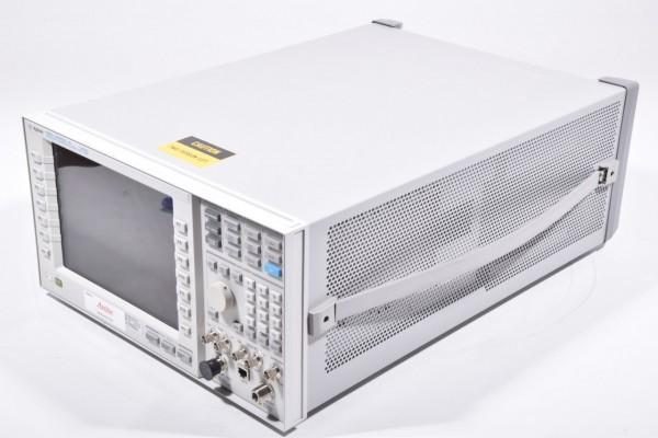 AGILENT E5515C, Wireless Communications Test Set + Options S/N: GB44400328