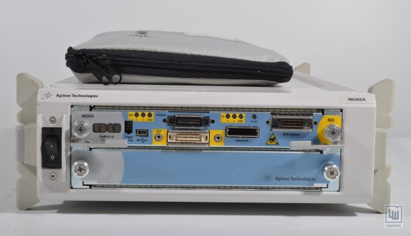 AGILENT N5302A, N5343A, tragbares 2-Slot Gehäuse + Messtechnik + Kabel